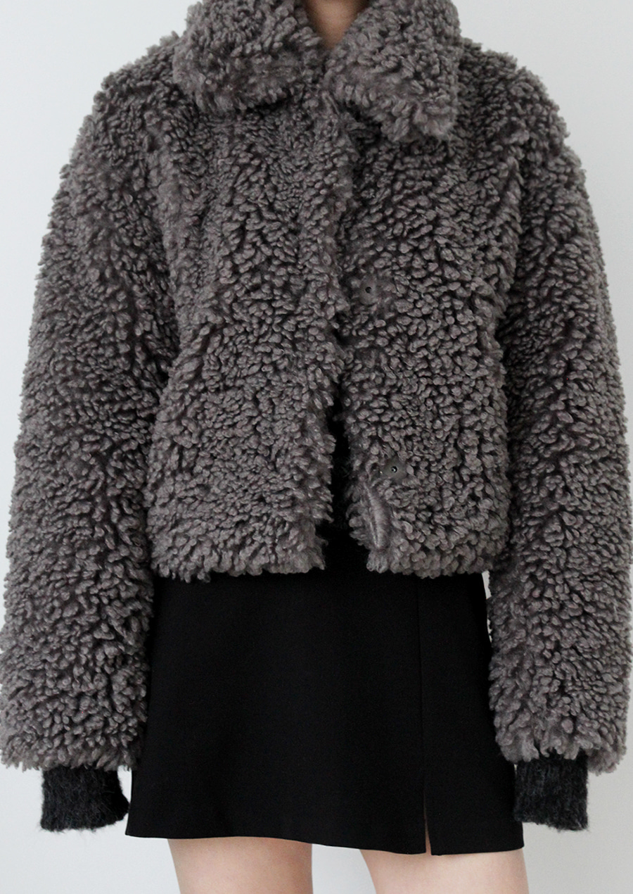 FLEECY FUR JACKET (3c)